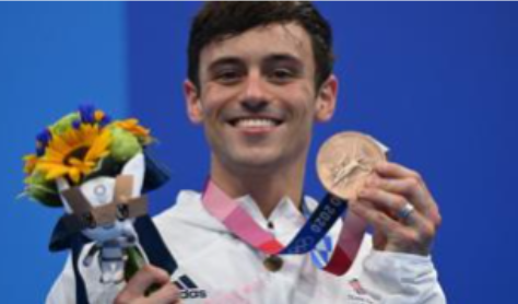Daley wins bronze in men's 10m platform
